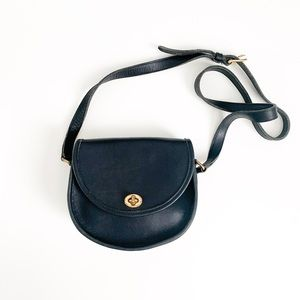 Vintage Coach 9981 Watson Black Saddle Bag Purse